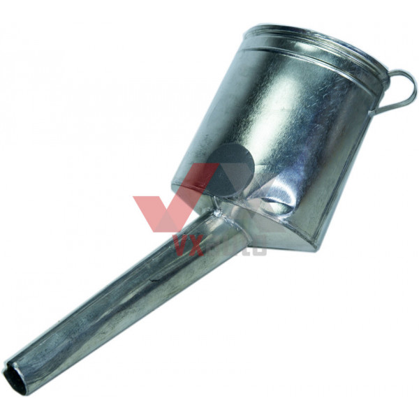 Лійка для солярки металева №1 (носик товстий  прямий)